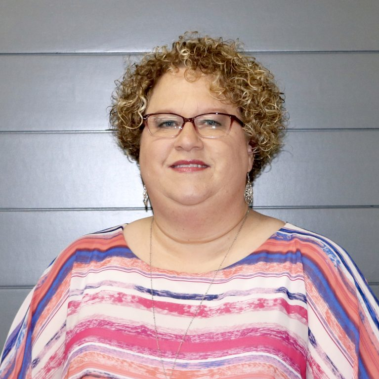 Headshot of Kelli Harvey
